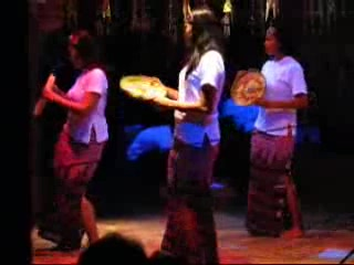 Sun Aqua Vilu Reef: Traditionell Dans
