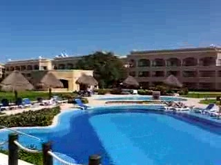 Heaven en Hard Rock Hotel Riviera Maya: View of South Pool