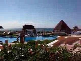 Heaven en Hard Rock Hotel Riviera Maya: View of South Pool from South Lobby