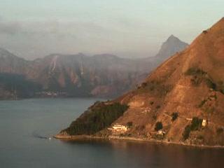 Lake Atitlan, جواتيمالا: lomas de Zununa sunrise