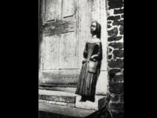 Church of St. Mary the Virgin, Finedon: The stolen Dutch Doll