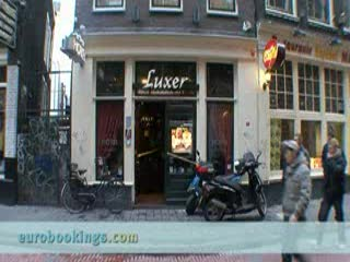 ‪هوتل لوكزي: Video clip of Hotel Luxer in Amsterdam Provided by Eurobookings.com‬