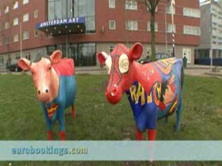 Video clip of Tulip Inn Hotel Amsterdam Art by EuroBookings.com