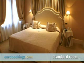 Video clip from Hotel a La Commedia in Venice by EuroBookings.com