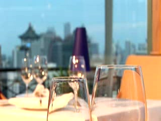 Shangri-La Hotel, Singapore: kuoni.co.uk video presenting Shangri-La , Singapore