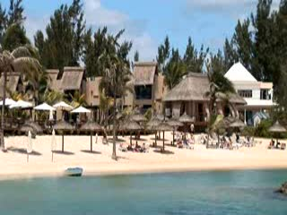 Пуант Окс Пиман: kuoni.co.uk video presenting Veranda Pointe Aux Biches Hotel, Mauritiu