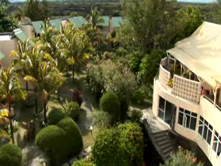 Trou d'eau Douce: kuoni.co.uk video presenting Silver Beach, Mauritius