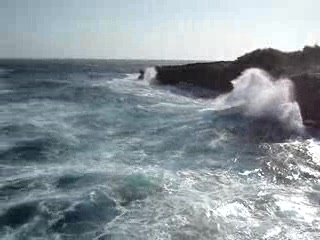 Nusa Lembongan, Indonesia: The waves at Devil's point