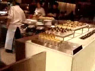 Island Shangri-La Hong Kong: Dessert Area of Cafe Too at Dinner