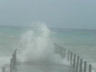 Sugar Beach, A Viceroy Resort : Waves hitting pier and beach road