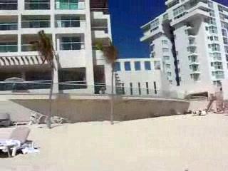 Sun Palace: Beach scan