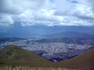 video of the full 360 degrees of Quito