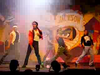 Hotel Riu Playacar: Mexican Michael Jackson