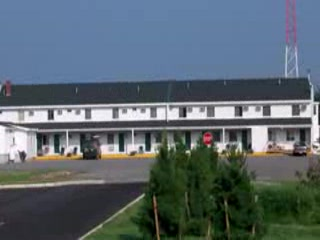 Maine Woods Inn: Vacationland Village Inn & Suites