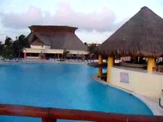 Grand Bahia Principe Tulum: main pool