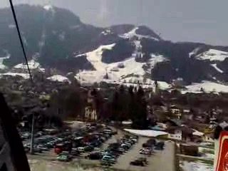 Tyrol Hotel: Cable car journey (5 minute walk from Hotel Tyrol)