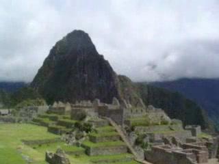 Peru: APPARIZIONE DI MACHU PICHU