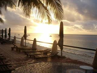 Julie Bell's Kenyan Safari; Bamburi beach hotel