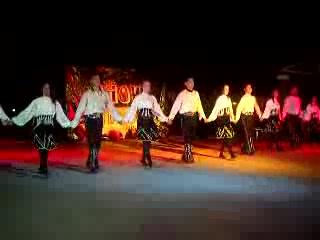Karbel Hotel: Karbel Folk Dancing Show 2