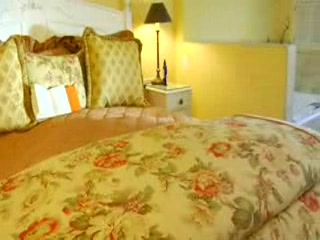 Old Monterey Inn: Mayfield Suite