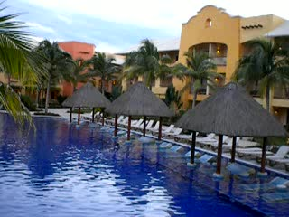 Puerto Aventuras, Meksyk: Barcelo Palace more of the main pool area
