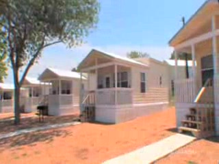 Hill Country Cottage and RV Resort: Hill Country RV Resort & Cottages Rentals,  New Braunfels, Texas