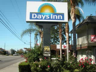 Days Inn San Bernardino Near San Manuel Casino: Days Inn Welcome You
