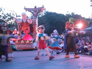 Disneyland Park: Pinnochio Parade of Dreams 2005