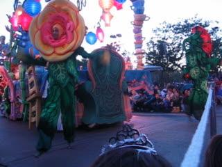 Disneyland Park: Parade of Dreams 2005