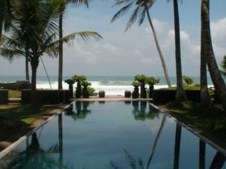 Apa Villa Thalpe: Apa Villa Visit '03 (pre tsunami)