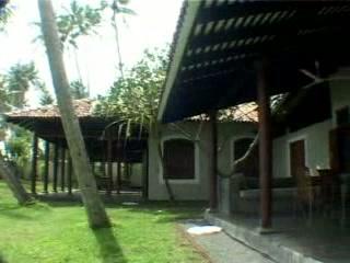 Apa Villa Illuketia: Suhaimi's ApaVilla Roundtrips
