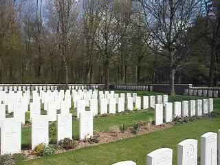 Arras, Frankreich: A look around the cemetary