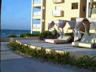 Now Jade Riviera Cancun: Preferred Side Pool