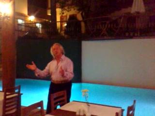 Mediterra Art Restaurant : Mr. Frencesco