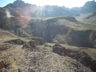 Sundance Helicopters : Taking off from Grand Canyon