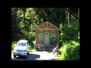Allens Alaska Adventures: Comfortable log cabin in the woods a short distance from Seward