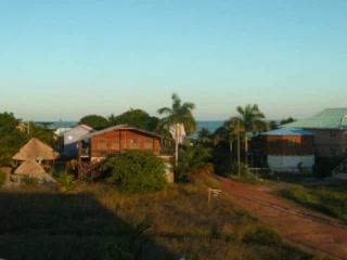 Michelo Suites : giant adventure park in Caribbean Belize