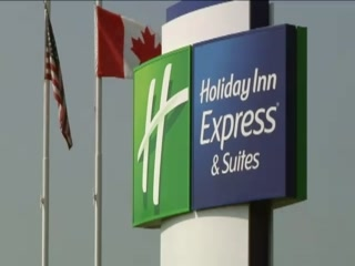 ‪هوليداي إن إكسبرس هوتل آند سويتس جانانوك: Holiday Inn Express & Suites 1000 Islands/Gananoque‬