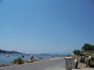 La Luna Hotel: Airport Road View