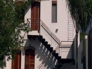 Casa de Isabella - a Kali Hotel: Architecture of Casa de Isabella