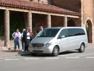 Avantgarde Limousine Tours: HOW TO SAVE MONEY BEFORE YOU TRAVEL TO BARCELONA-VIDEO 2012