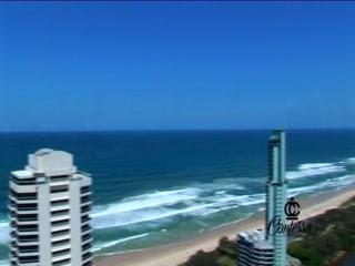 Contessa Holiday Apartments, Main Beach