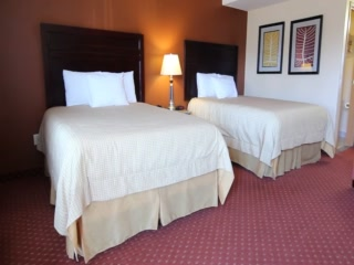Portofino Inn Burbank: Deluxe 2 Queen Beds