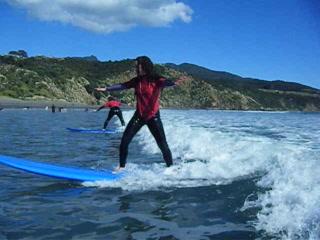 Surf Safe Surf Coaching Raglan : Surfing Lessons with Surf Safe Coaching Raglan NZ