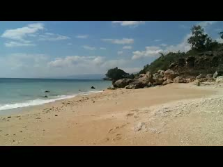East Timor: Relaxing waves