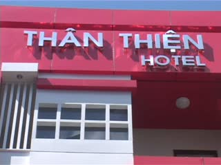 Than Thien Friendly Hotel Video