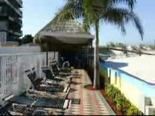 Plaza Beach Hotel - Beachfront Resort: Plaza Beach 1