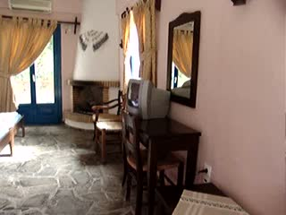 Arolithos Traditional Cretan Village: Arolithos Hotel Room in Arolithos