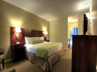 The New Superior Rooms at Sun & Ski Inn and Suites