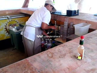 Fiesta Americana Condesa Cancun All Inclusive : using water/no soap to clean cups